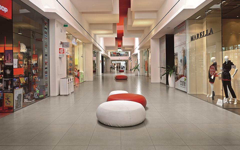 Nei luoghi dello shopping: Foto 2